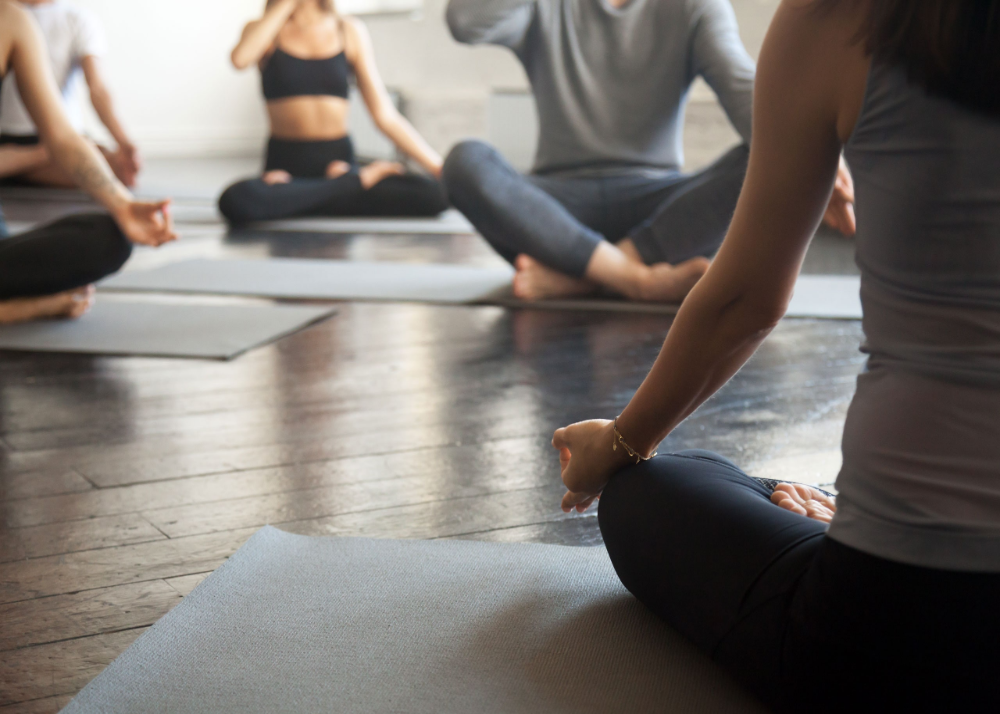 Tips to follow before your first yoga class